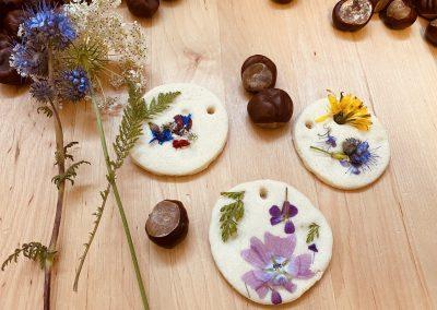 Salzteig mit Wildblumen